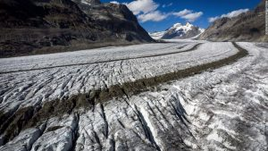 Unprecedented melting sees Swiss glaciers shrink 10 percent in five years
